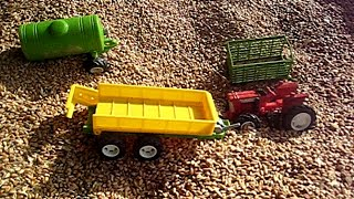 Toy Tractor & Farm Toys - Ultimate Sand Box (a Wheat Box!)