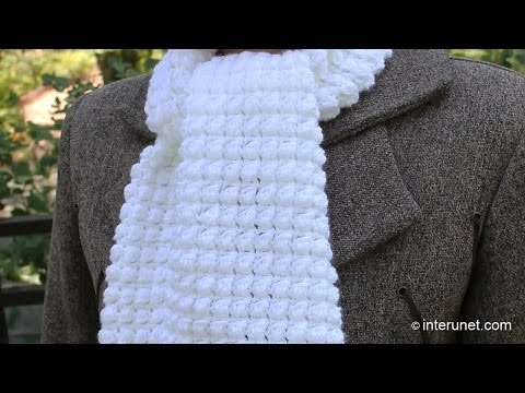 How to crochet a scarf - pattern for beginners