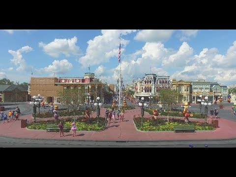 Walt Disney World Magic Kingdom - Full 4K Steadicam Walkthrough