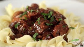 Fix-it And Forget-it: Slow Cooker Beef Burgundy