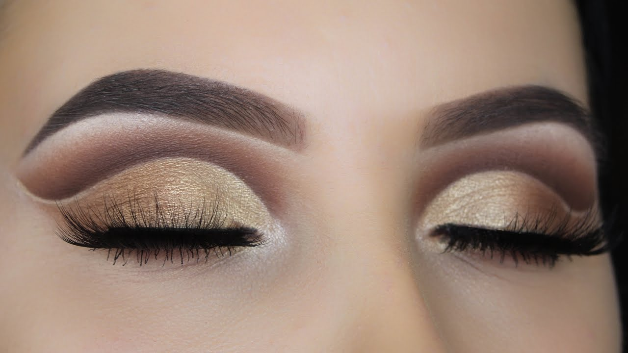 how to make a soft crease with eyeshadow