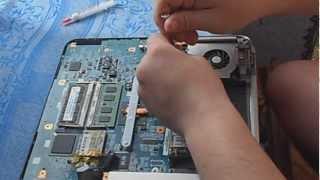 Замена термопасты на ноутбуке(Видео как заменить термопасту на ноутбуке,на примере в видео используется ноутбук Sony серии VGN. Видео снято..., 2013-04-07T16:07:08.000Z)
