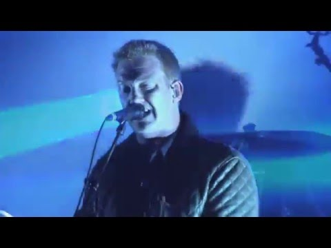Queens Of The Stone Age - Feel Good Hit Of The Summer - Live Rock En Seine 2014
