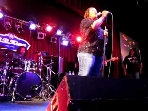 FFF - Lalah Hathaway (Live in  B.B.KING CLUB - New York)18 Aug 2010
