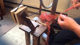 beginning on a spindle spinning wheel