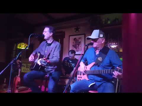 TeXas House Band - Cowboys ain't supposed to cry