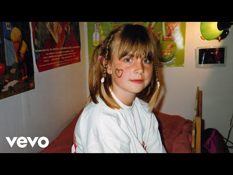 MØ - Nostalgia (Lyric Video)