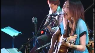 矢井田瞳 Live Completion `03 から。 http://www.hitomi-yaida.com.