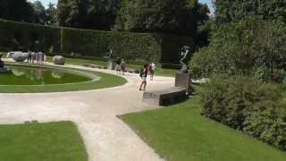 Париж.Музей Родена и китайцы.(, 2013-08-03T07:56:26.000Z)