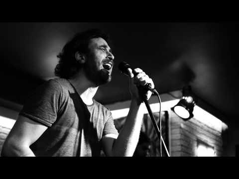 Emre Nalbantoğlu & Orkestrası: Nereye Gittin Ki Sen @Voodoo Blues (29 Ocak 2014)