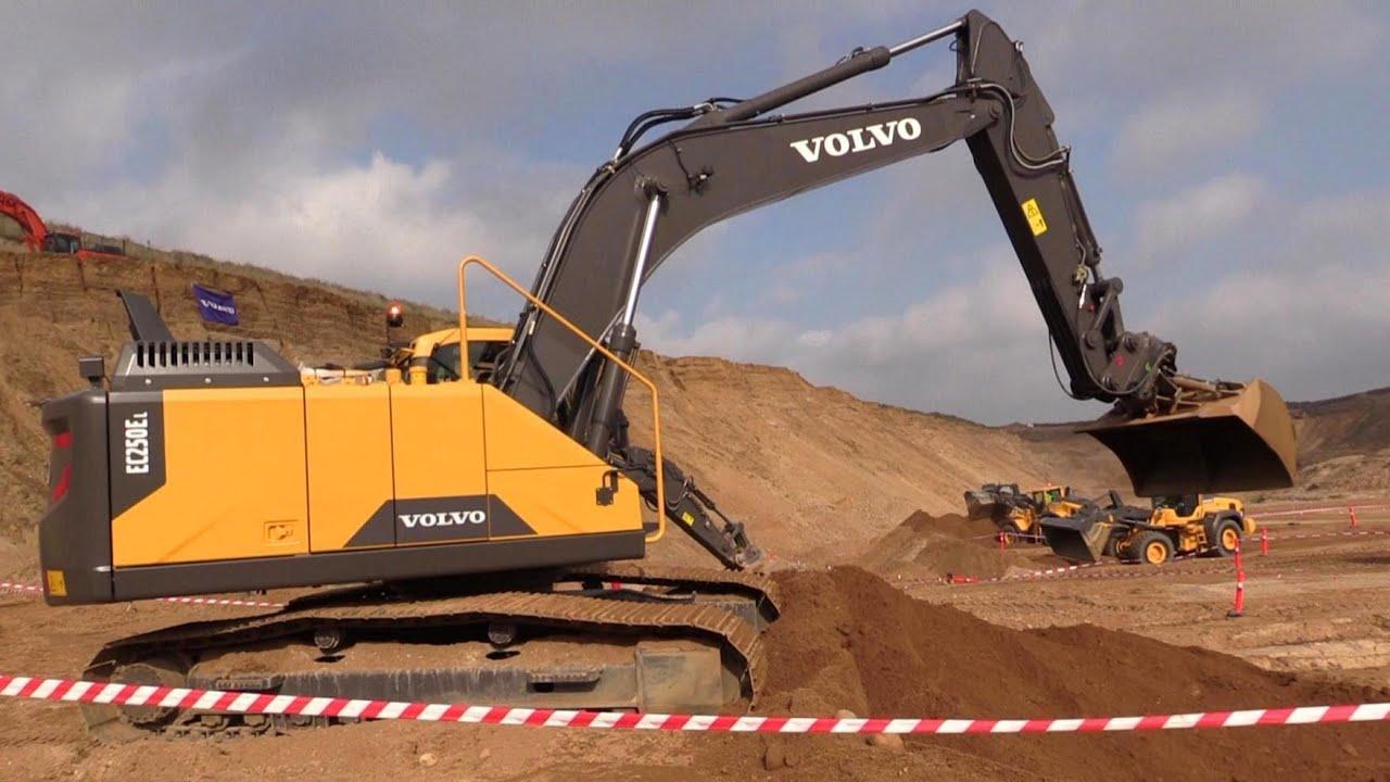 The New Volvo EC250E Excavator - YouTube