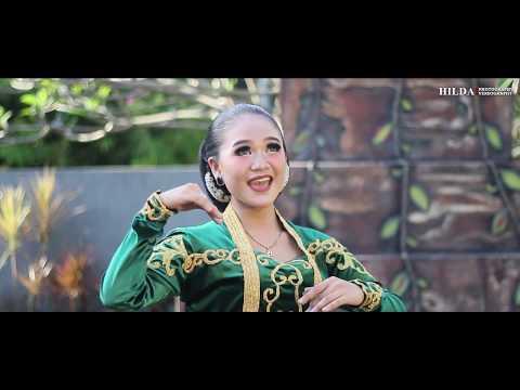 candi-bata-by-mira-kirana---gending-tayub-fbs-unesa-2017