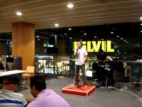 concurso de karaoke na illa organizado por embaixanda portuguesa em andorra (4).MPG