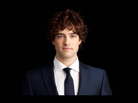 Lee Mead INTERVIEW - New Album / Tour / Chitty / Pantomime