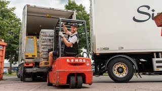Met 520PK dwars door Zeeland voor veel bier en vertier… keurig chauffeur!