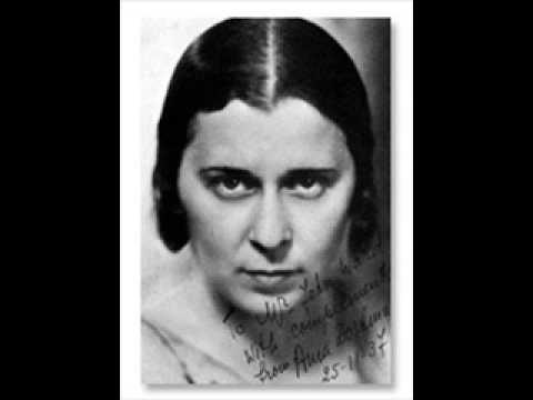 Ania Dorfmann plays Chopin Etude op.25 n.5