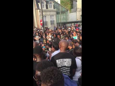 Manif a Gare du Nord justice pour Adama Traore