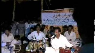 Beatiful sindhi song by SADIQ FAQEER at Mithi (tharparkar)  Sohail72