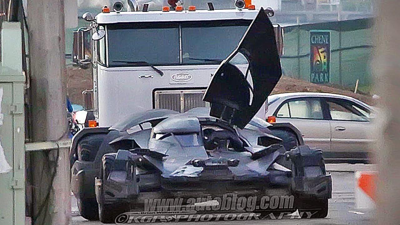 New Batmobile Image From Batman V. Superman Released