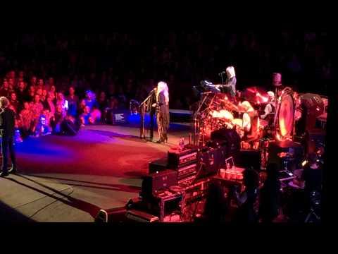 Fleetwood Mac  Little Lies  San Diego ...