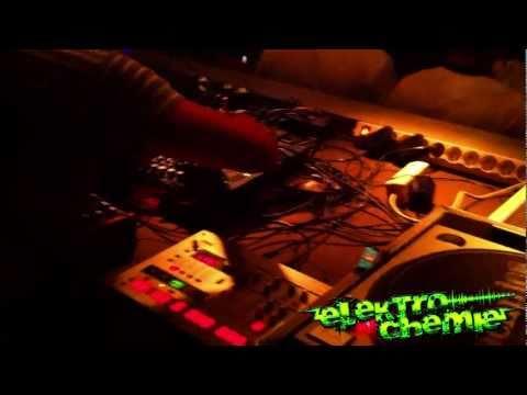 ELEKTROCHEMiE! My House - my rules