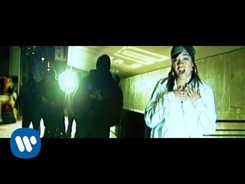 Arianna Puello - La Ley de Murphy (videoclip oficial)
