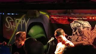 MDC - Born To Die (No Trump, No KKK, No Fascist USA) Live at The Alma Inn, Bolton, UK