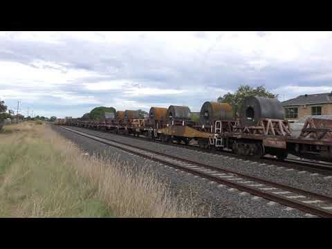 Very Rare Top And Tail Mainline Freight In Victoria - Pacific National Steel Train