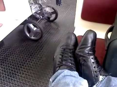 brand new 30545 067a5 Playing in the train with my nike shox rivalry black (part 1)