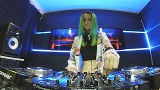 Miss Monique - Mind Games Podcast 067 (Live, Radio Intense April 2017) //Progressive House