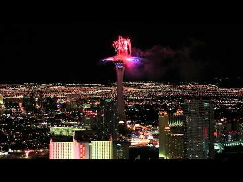 Las Vegas Strip Huge Fireworks Show - New Year's Eve