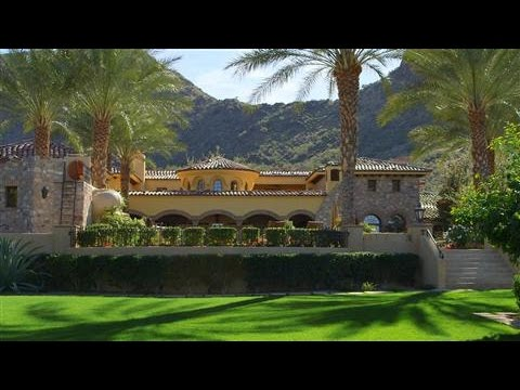 A Mansion in the Desert for $25mil
