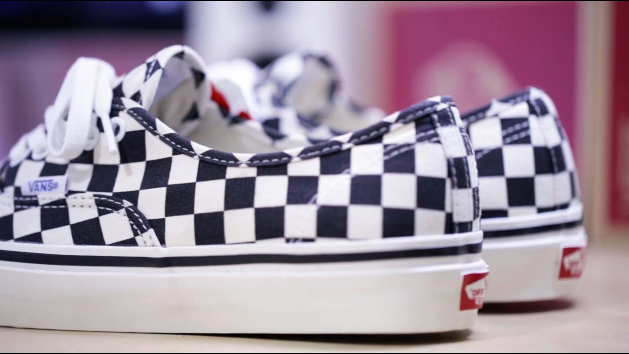 dcb4857b0105 Vans Authentic 44 DX Checkboard - YouTube