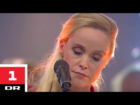 Tina Dickow - Someone You Love / Open Wide | Danmarks Indsamling 2017 | DR1