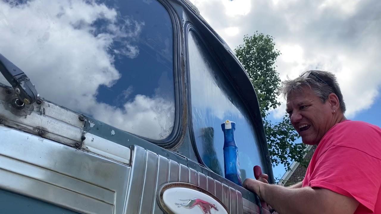 Replacing windshield on vintage gm silversides bus 3751