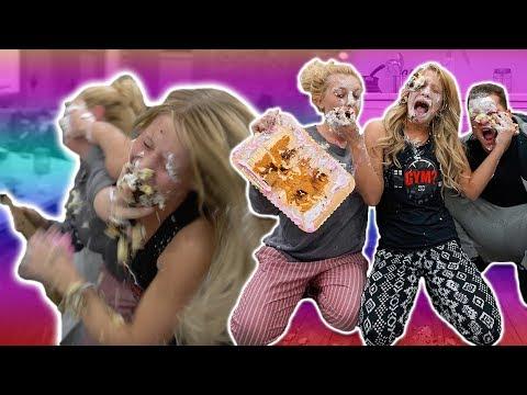 GIRLS GONE WILD CAKE WAR