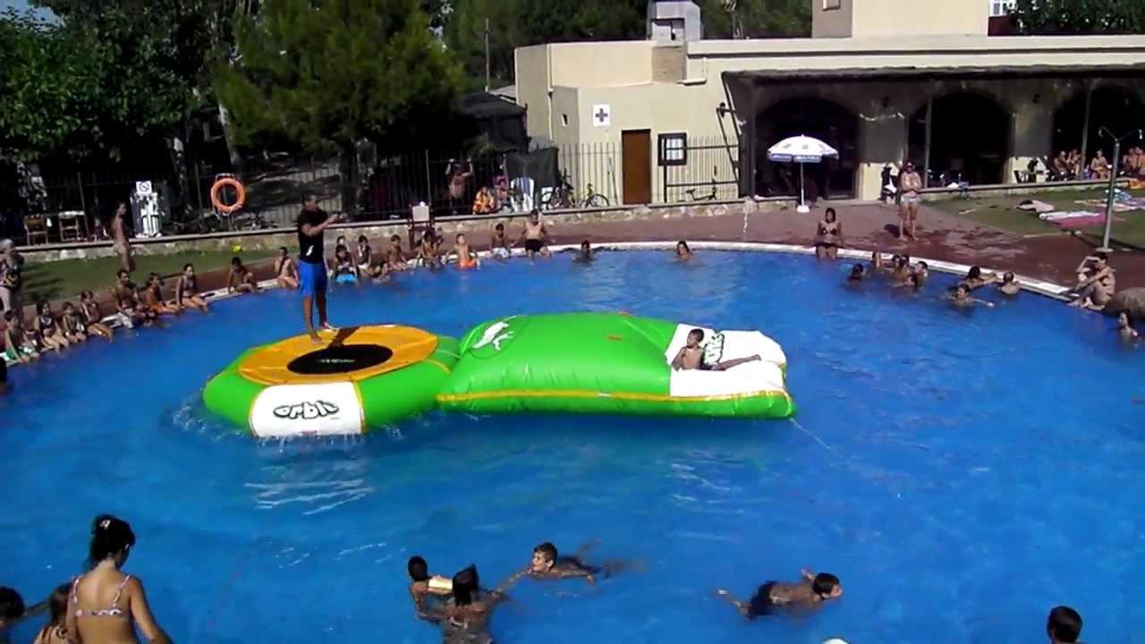 cse juegos acu ticos en la piscina del camping bungalows