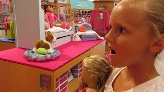 Video American Girl Doll Store!!! download MP3, 3GP, MP4, WEBM, AVI, FLV Agustus 2018