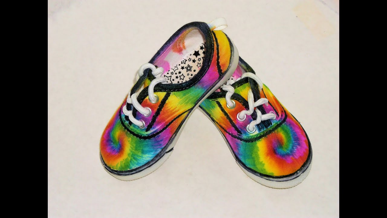 16204c7aa8 How to Sharpie Spiral Tie Dye Shoes - YouTube