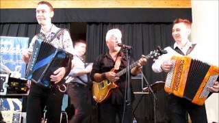 """Gala d'accordéon. Vonnas chante  """" les corons """" avec Cédric DEPRET!"""