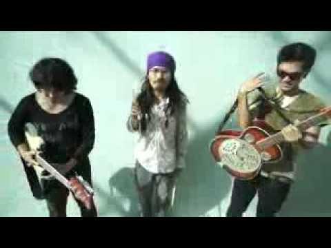 stafaband info   Dialog Dini Hari   Lengkung Langit Official Music Video