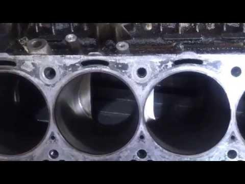 БМВ V10 двигатель S85 неправильная гильзовка.... на мой взгляд...