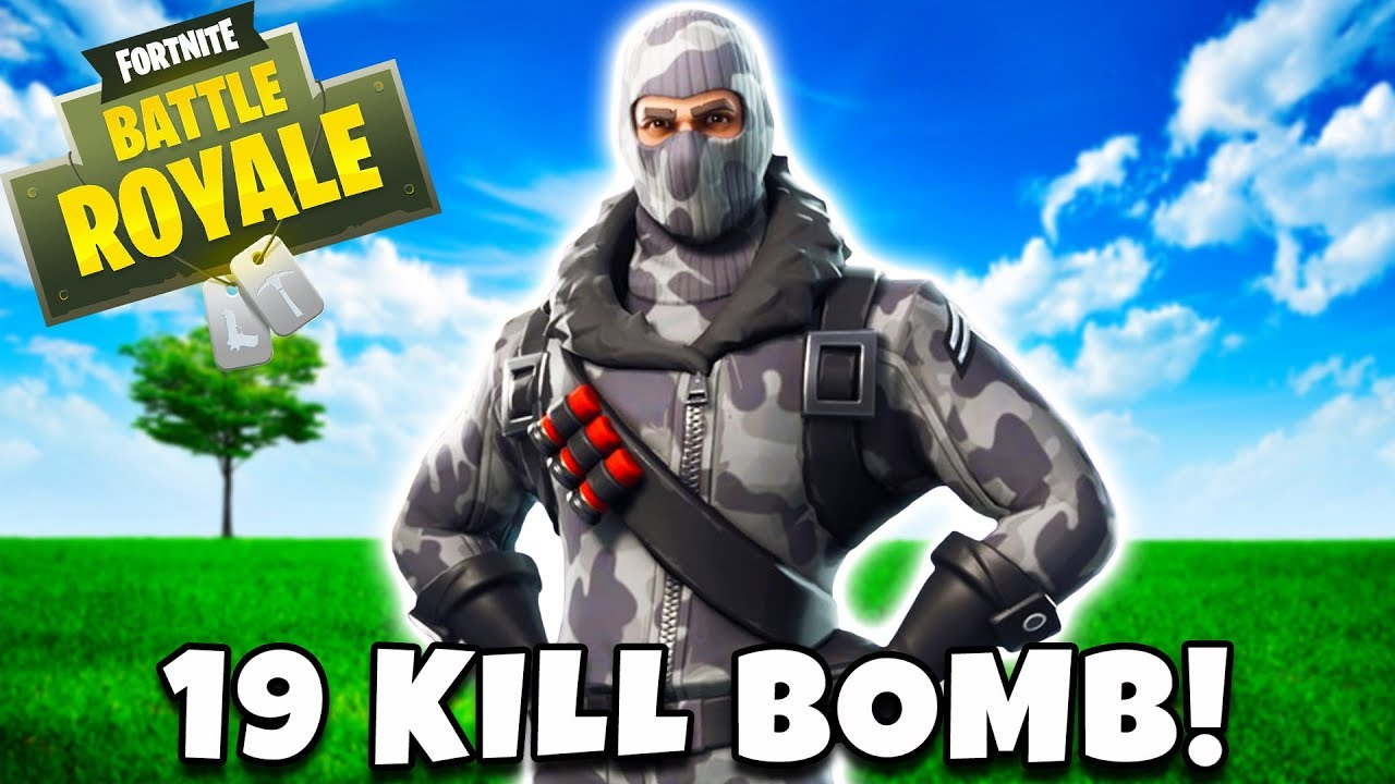 19 Kill Solid Gold Bomb Fortnite Battle Royale Youtube