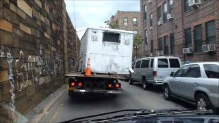 Most Amazing Stupid Truck Driver Ever - Only in New York