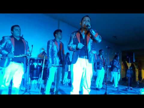 Banda tierra dulce en baile de fin de fiestas tonila mayo 2016