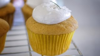 The Ultimate Thanksgiving Cupcake!
