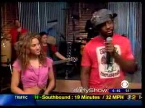 Shakira  Hips Dont Lie ft Wyclef Jean CBS The Early Show