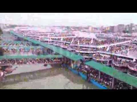 There is huge rush at Sadarghat launch terminals in Dhaka