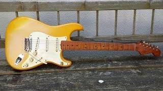 ´57 Fender Stratocaster Vintage RI Fullerton 1982 - Nicotine endangers the color of your guitar!!!