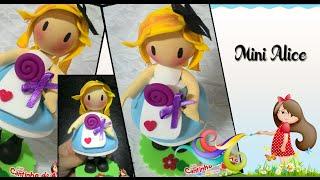 Boneca Mini Alice - Profª Ana Carolina Trevisol